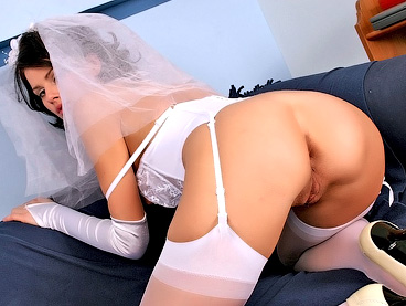 nude bride pussy and ass